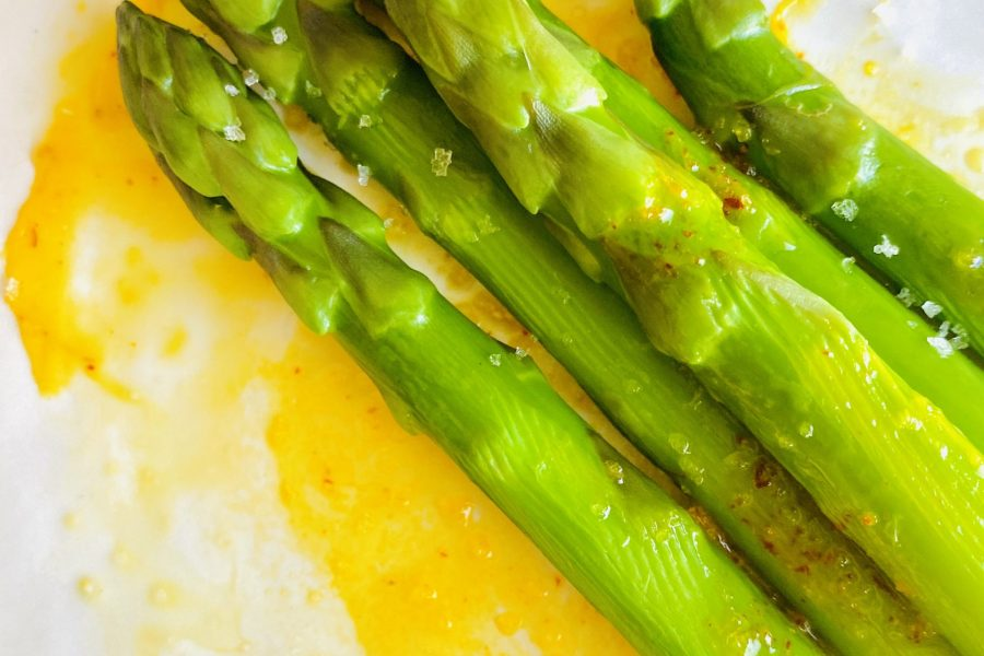Asparagus with Saffron Butter
